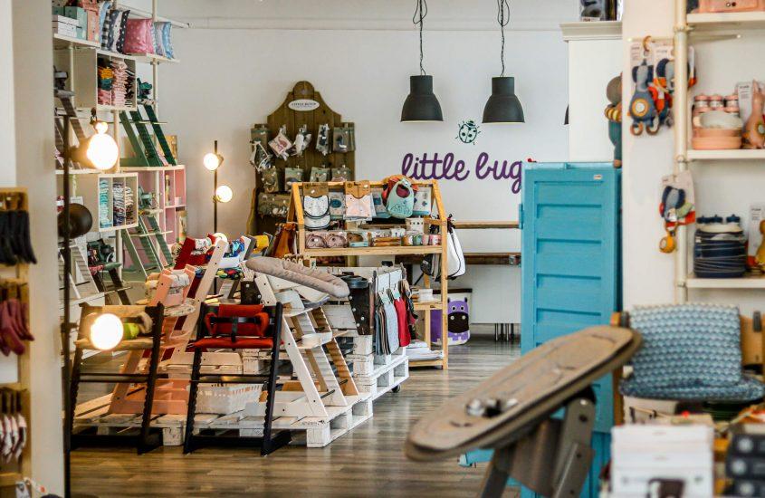 Shoppen in Krefeld: Von Kinderwagen über Kinderstühle bis hin zu wunderschönen, lässigen Accessoires – little Bug in Krefeld.